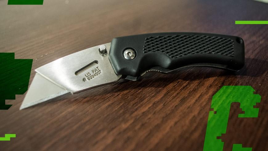 nóż gerber edge black rozłożony